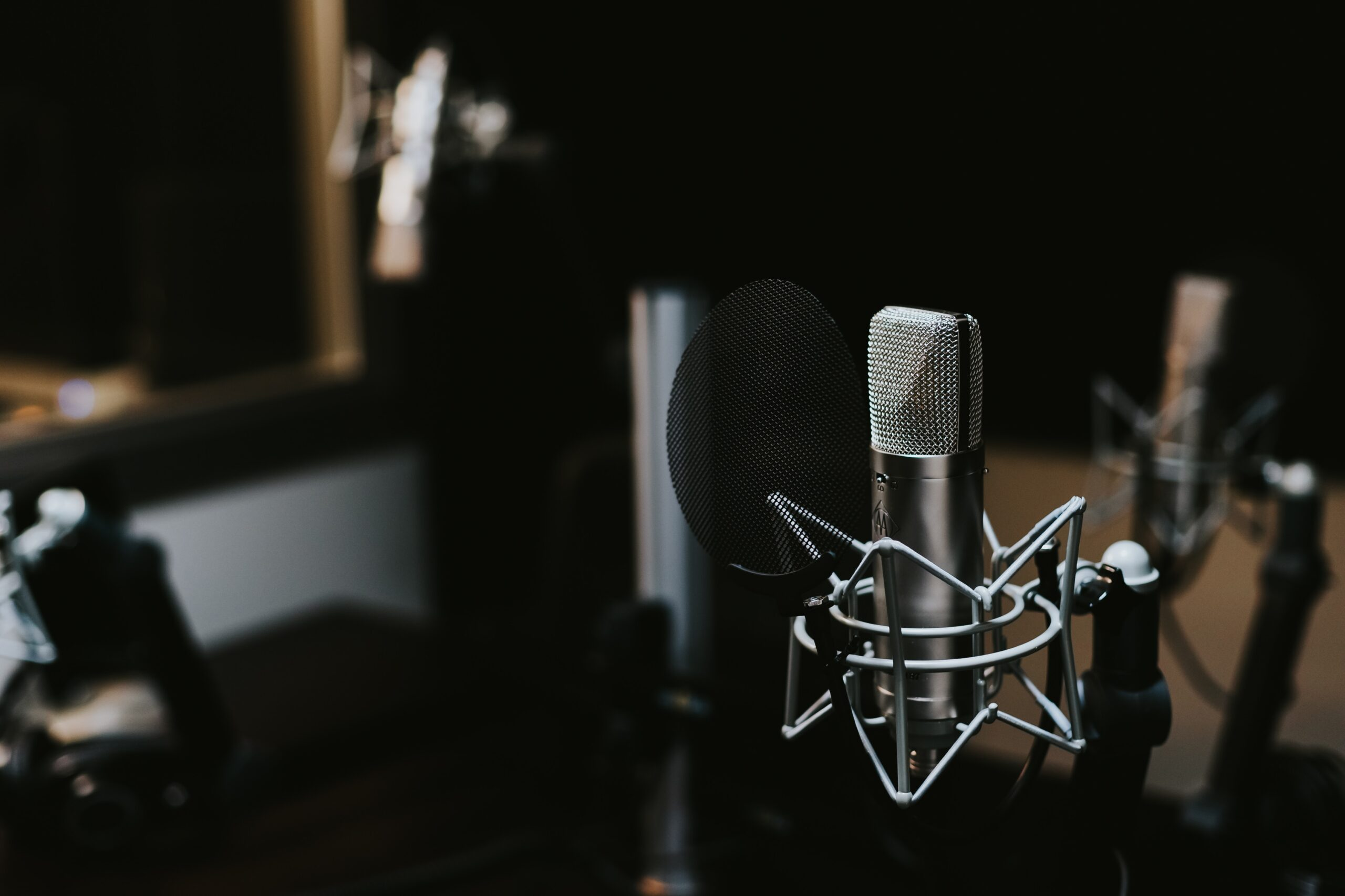 voiceover microphone background